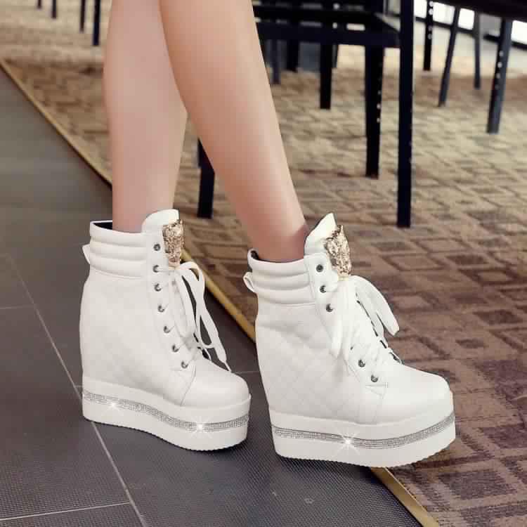 Chaussures Chaussures1 Chaussures2 Chaussures3 Chaussures4 Chaussures5 Chaussures6