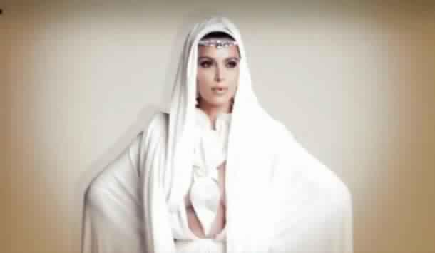 Kim Kardashian Voilée2