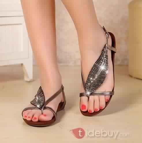 Sandales Plates Confortables32