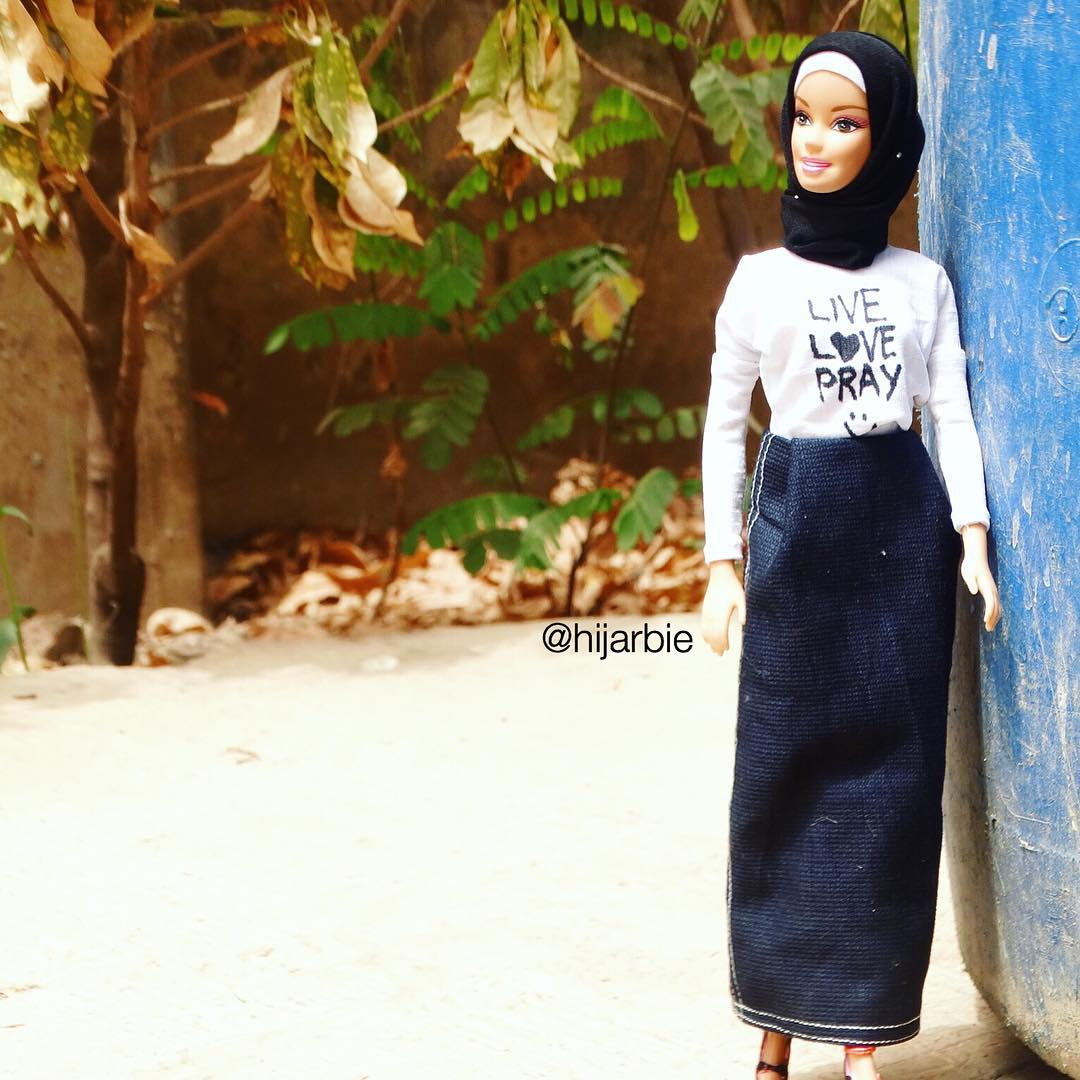 Une Barbie En Hijab1