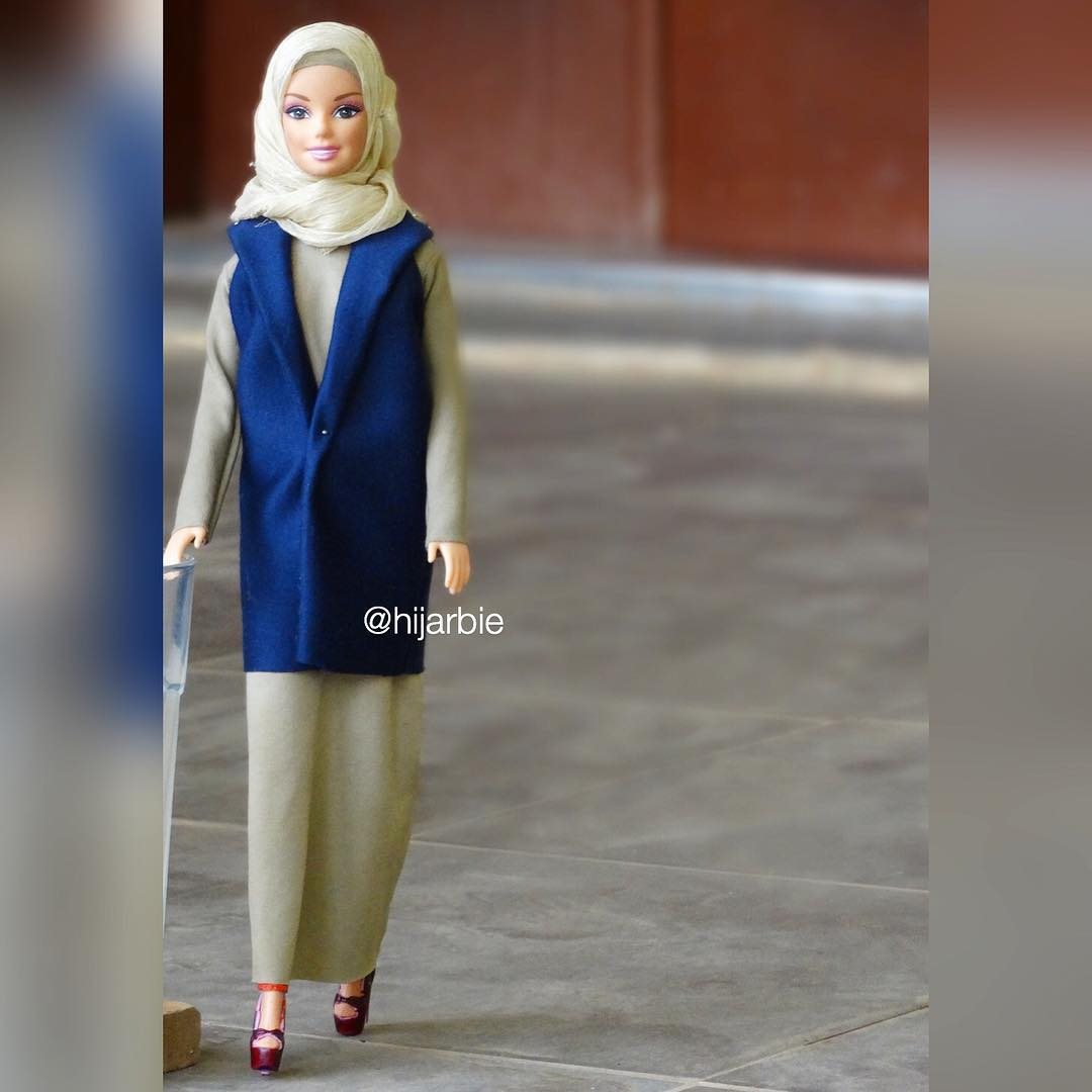 Une Barbie En Hijab4