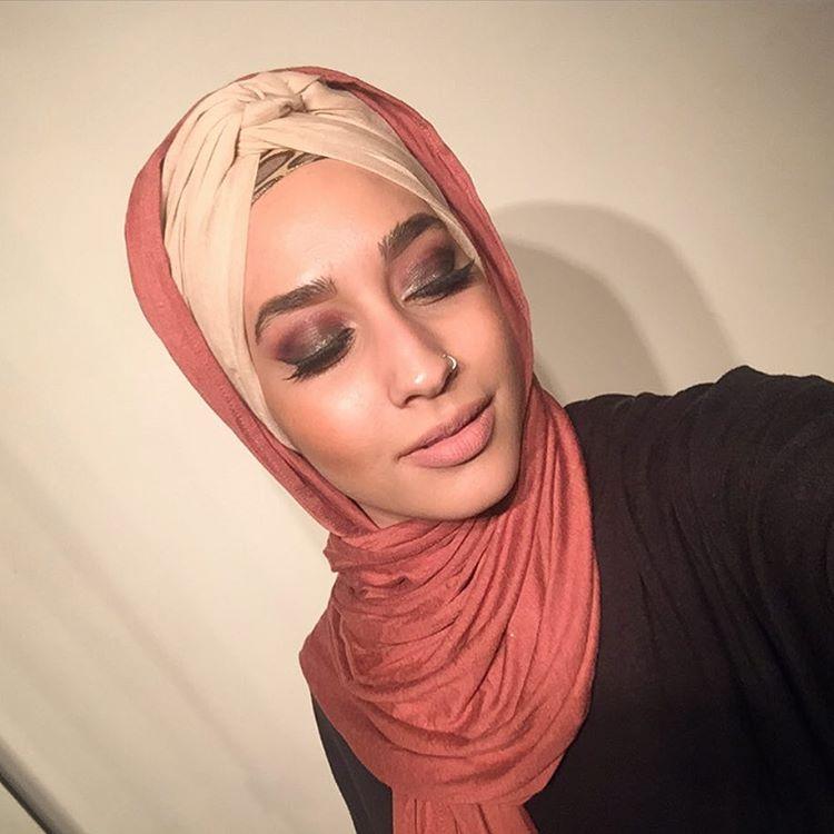 Mariah Idrissi, Premier Mannequin Voilée Pour H&M7