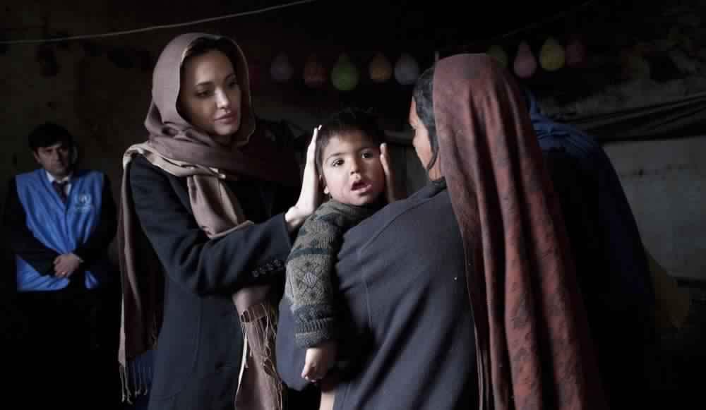 Angelina Jolie16