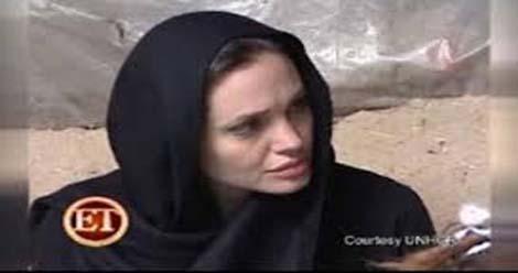 Angelina Jolie25