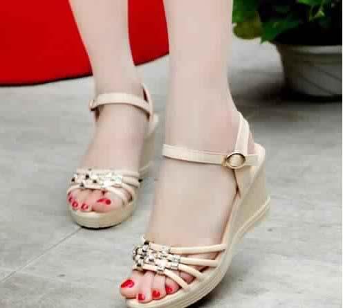 Chaussures Modernes Et Fashion15