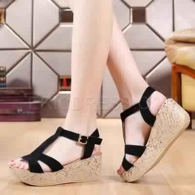 Sandales Compensées13