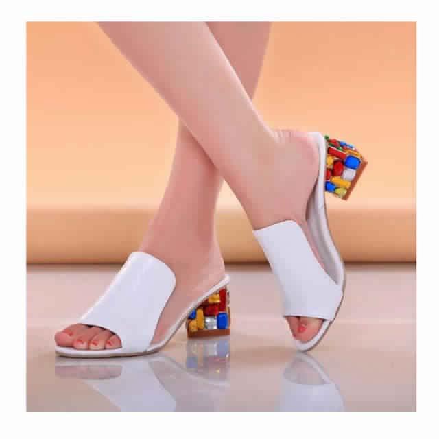 Sandales à Petit Talon11