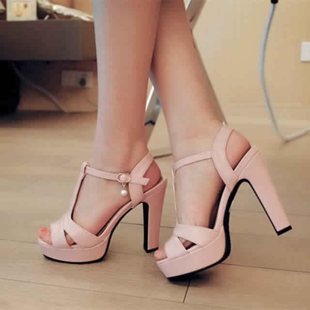 Sandales à Petit Talon12