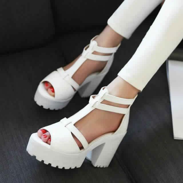 Sandales à Petit Talon14