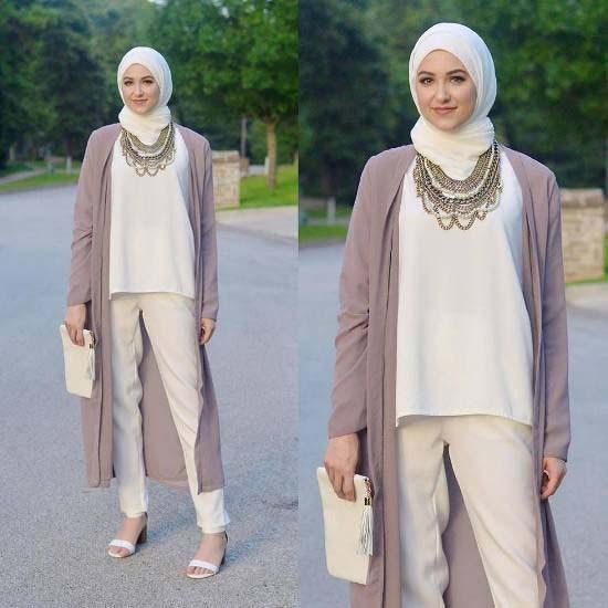 Comment Mettre Le Collier de Perles Avec Le Hijab11