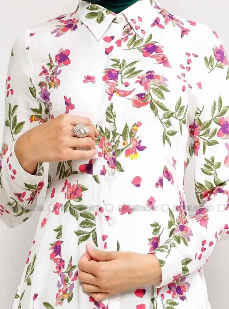 Robe Femme Voilée À Fleurs 2