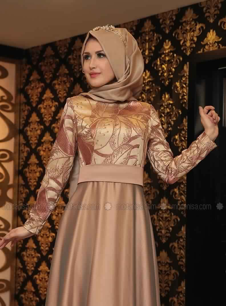 Robe Soirée Pour Femme Voilée 1