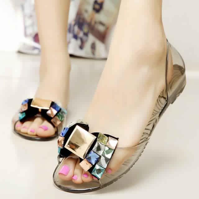 Sandales Plates3