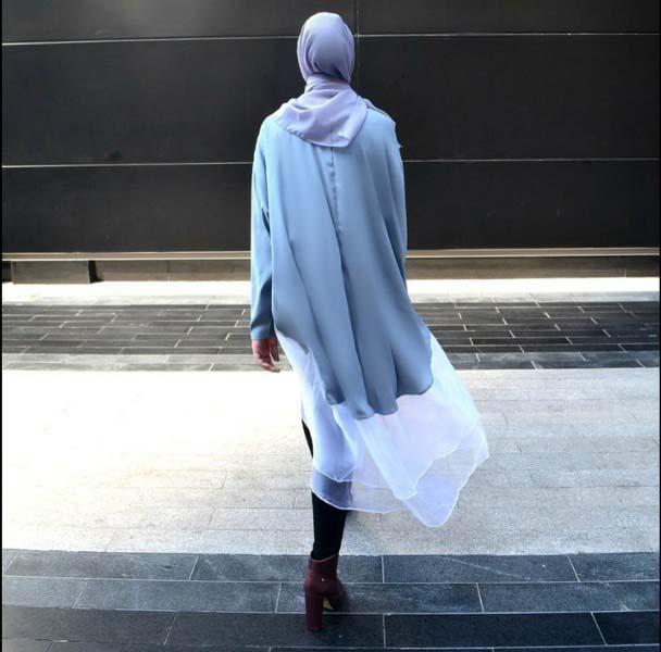 30 Façons de porter une Tunique longue avec des leggings13