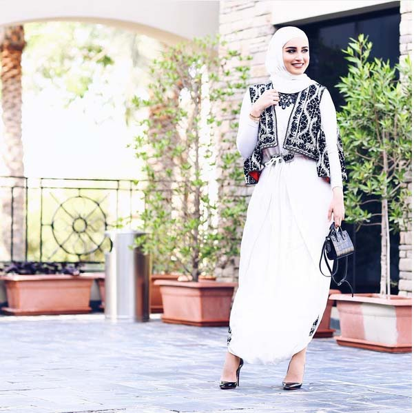 Morpho Robes Femme Voilée4