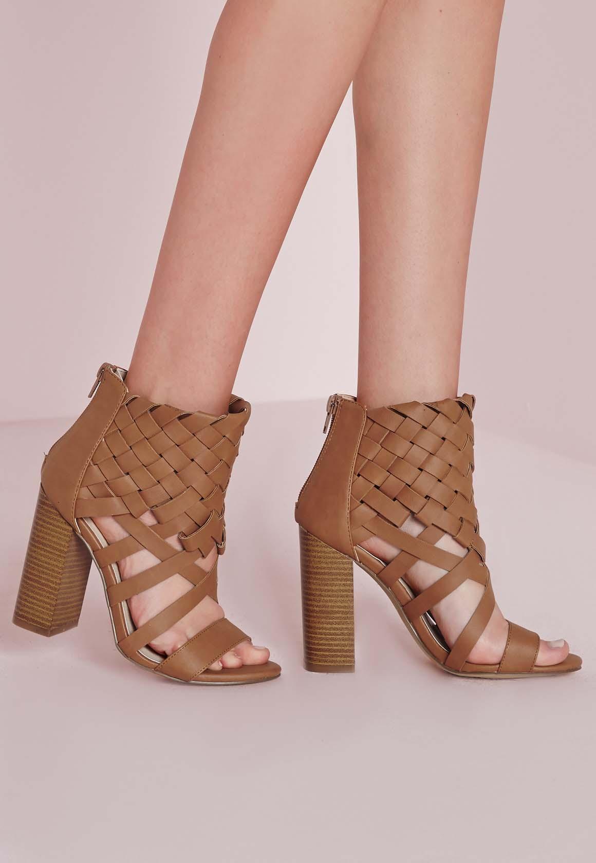 Quelles Sandales porter avec un Jean ?8