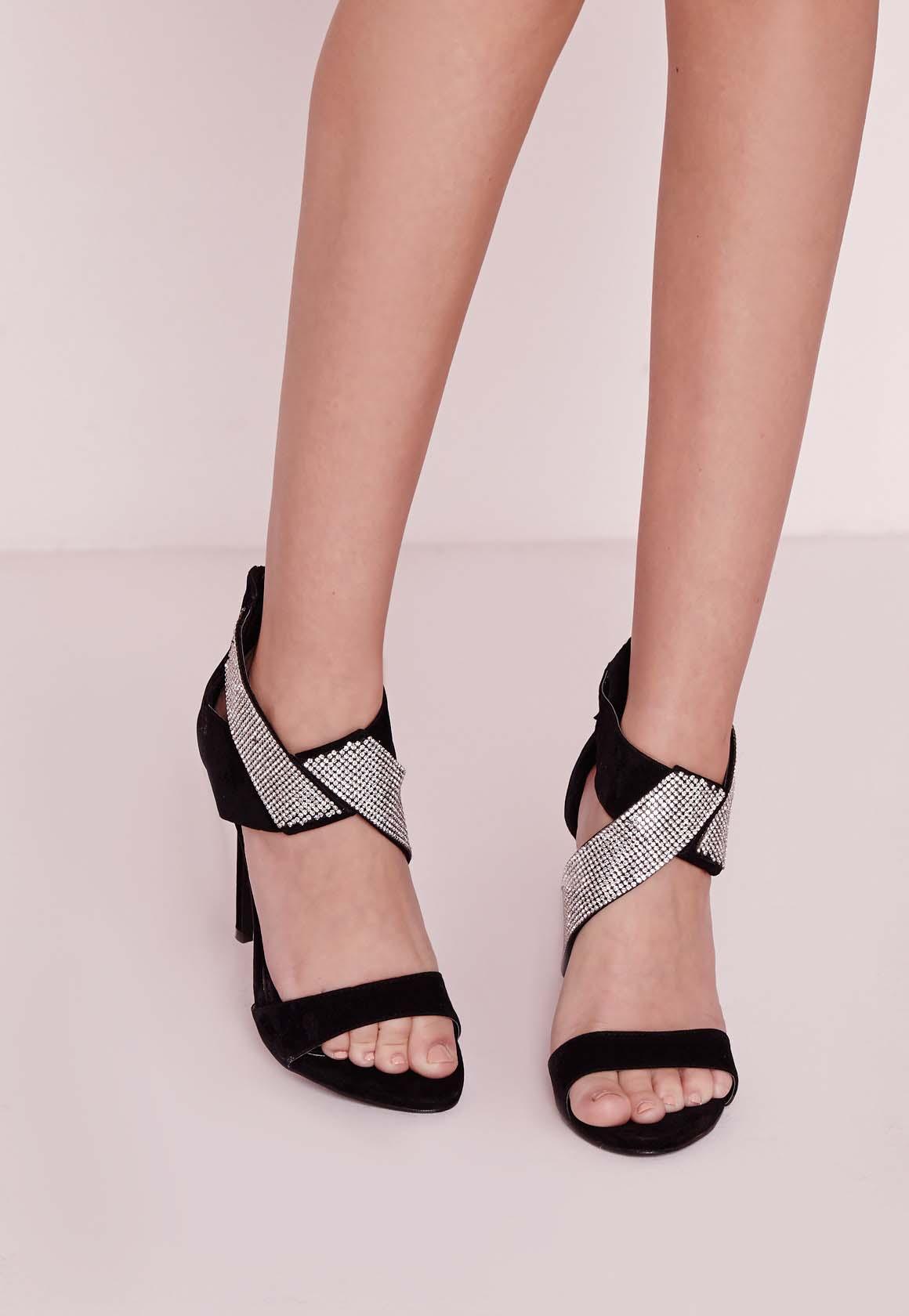 Quelles sandales porter avec une Robe Longue1