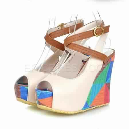 Sandale compensée multicolore 4