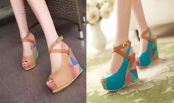 Sandale compensée multicolore 9