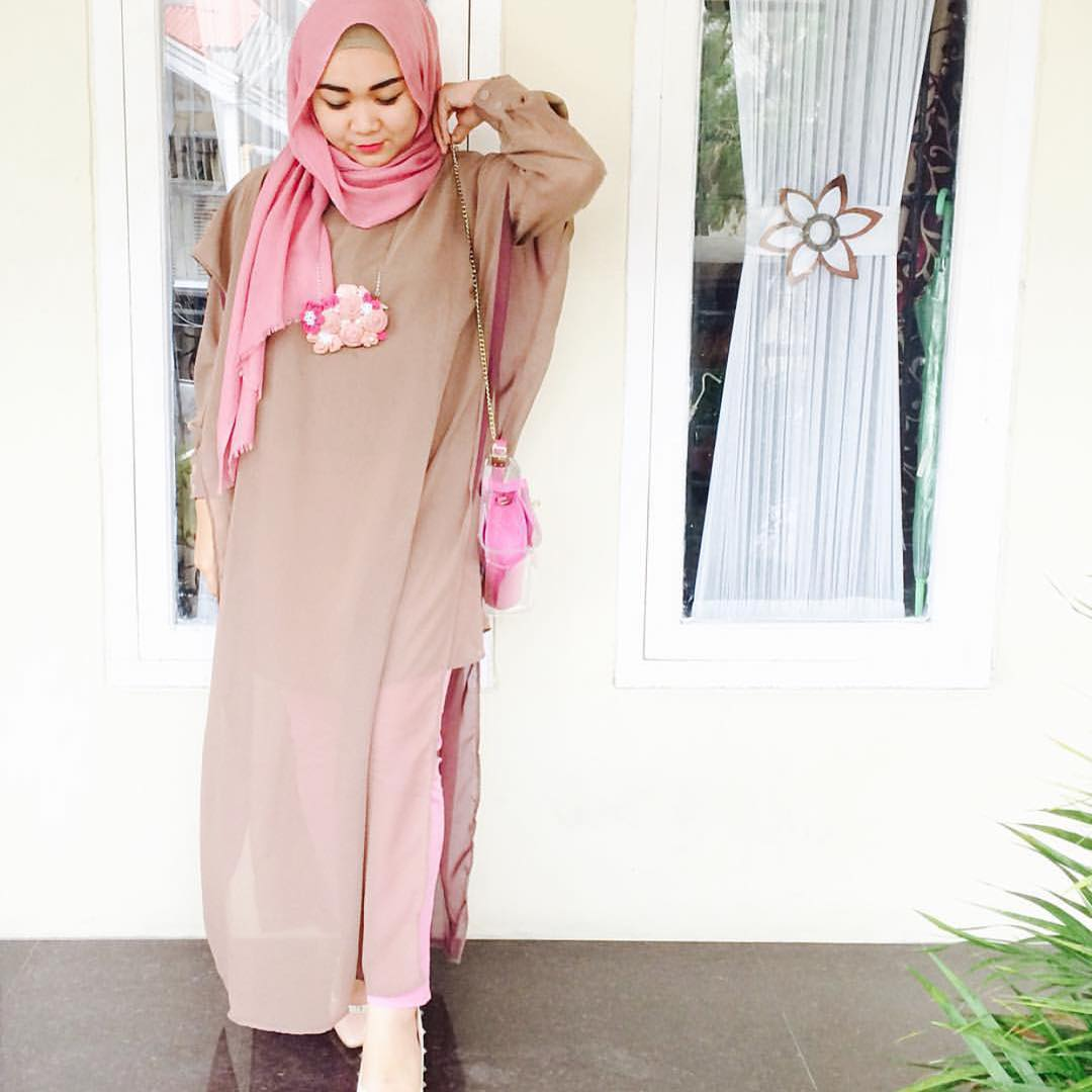tendance hijab 2016 30 styles de hijab pour vous inspirer astuces hijab. Black Bedroom Furniture Sets. Home Design Ideas