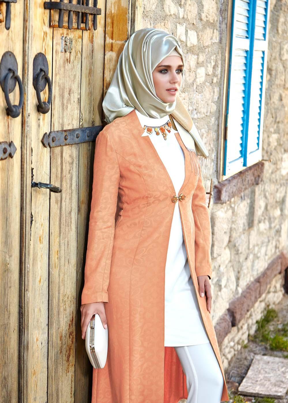 Trois Idées de tenues Hijab Fashion et pas chères Pour Les Occasions Spéciales!1