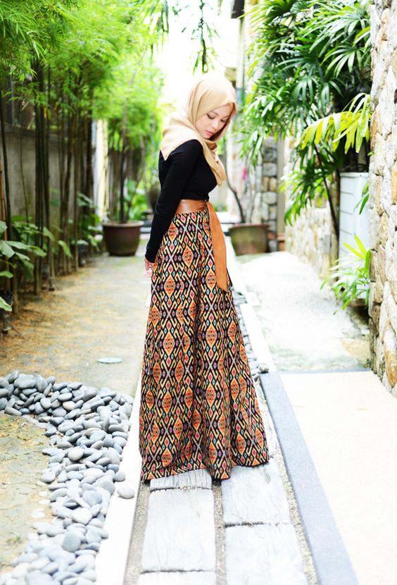 la jupe longue, il suffit de savoir la porter pour l'adopter.
