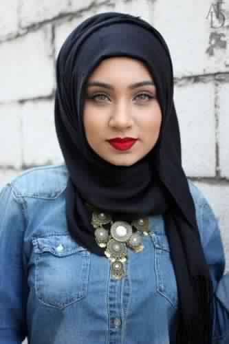 30 Magnifiques Façons chic et élégantes de porter son Hijab10