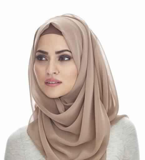 30 Magnifiques Façons chic et élégantes de porter son Hijab4