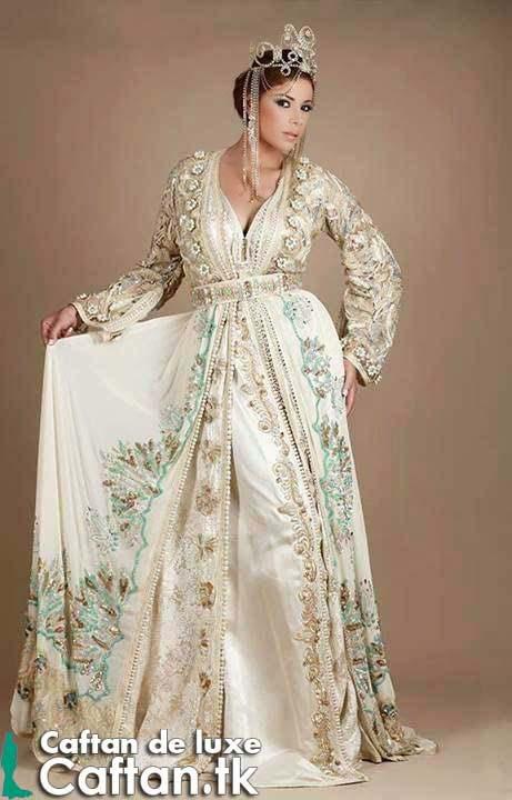 caftan moderne 10 magnifiques styles tr s fashion astuces hijab. Black Bedroom Furniture Sets. Home Design Ideas