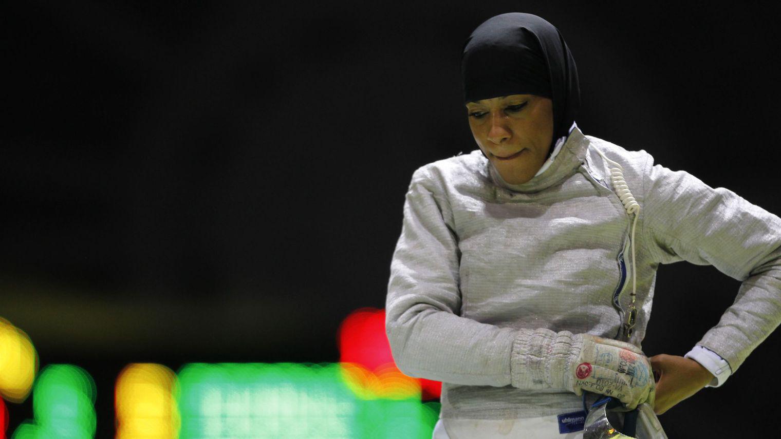 Première Athlète américaine à porter un Hijab au JO2