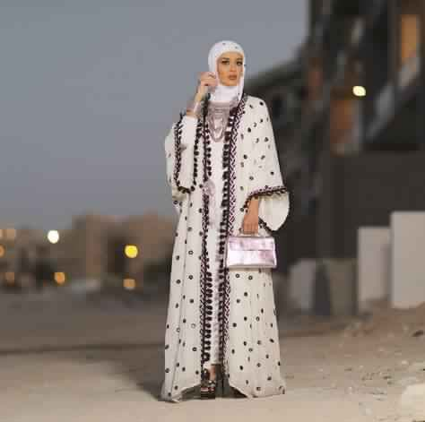 Quel sac a main porter avec une Abaya5