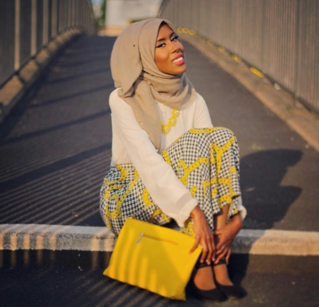 look hijab 19