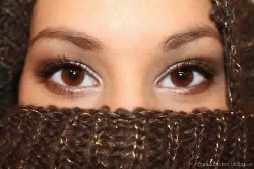 les-secrets-sur-les-personnes-aux-yeux-bruns-quelles-me%cc%82mes-ignorent