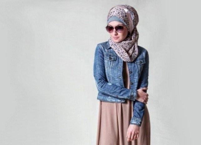 la-veste-en-jean-avec-le-hijab-1