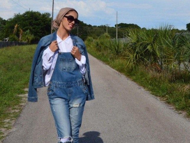 la-veste-en-jean-avec-le-hijab-2