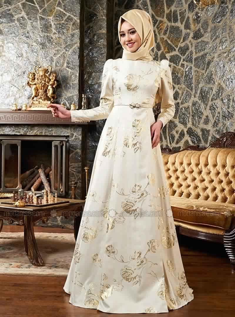 robe-de-soiree-pour-femme-voilee-7