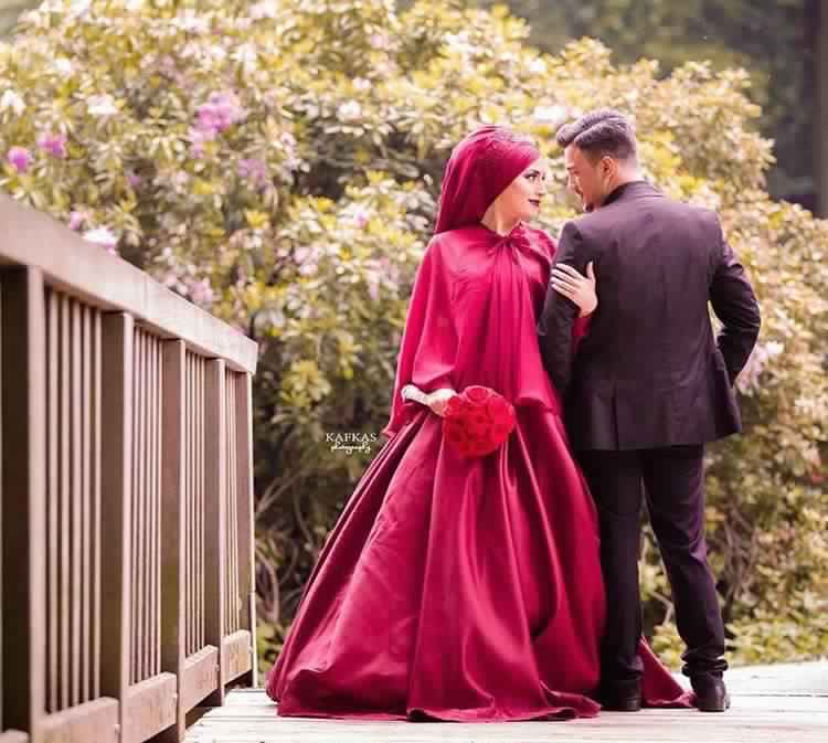 robe-femme-voilee-de-mariage1