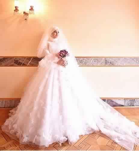robe-femme-voilee-de-mariage10