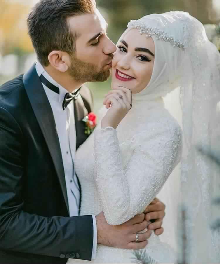 robe-femme-voilee-de-mariage2