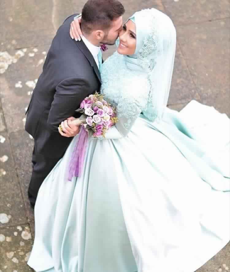 robe-femme-voilee-de-mariage6