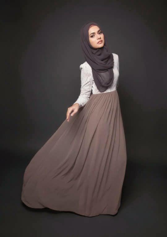 40 id es de tenues de hijab hyper styl es pour la nouvelle ann e 2017 astuces hijab. Black Bedroom Furniture Sets. Home Design Ideas