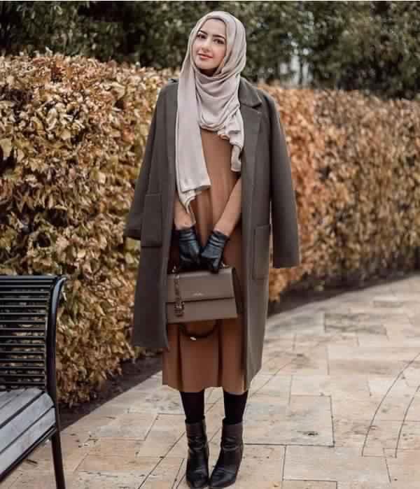 comment-bien-porter-le-manteau-avec-le-hijab-en-hiver14