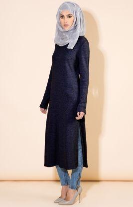 Sa Robe Longue Avec La Hijab13