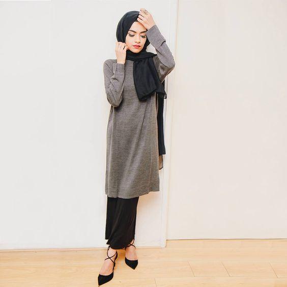 Sa Robe Longue Avec La Hijab5