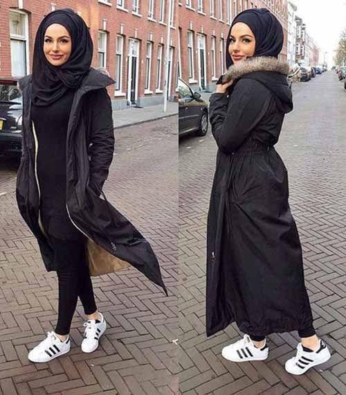 Sa Robe Longue Avec La Hijab7