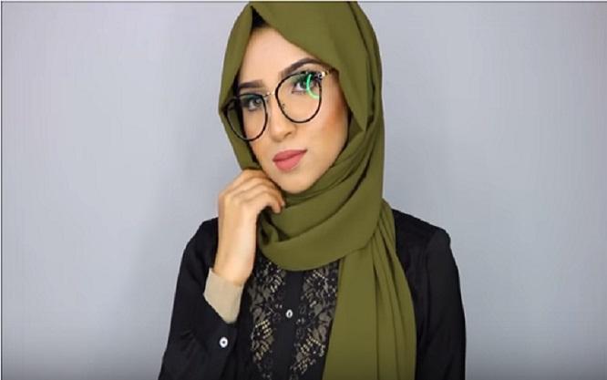 Hijab et lunettes voici une meilleures id e pour porter le hijab avec lunette de vue astuces - Maquillage avec lunette ...